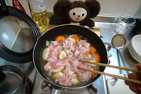 豚の肉じゃがの作り方(2)