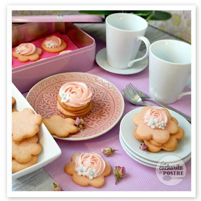 Galletas De Rosas / Rose Cookies