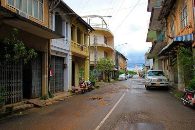 Avenida Talat Yen, Savannakhet