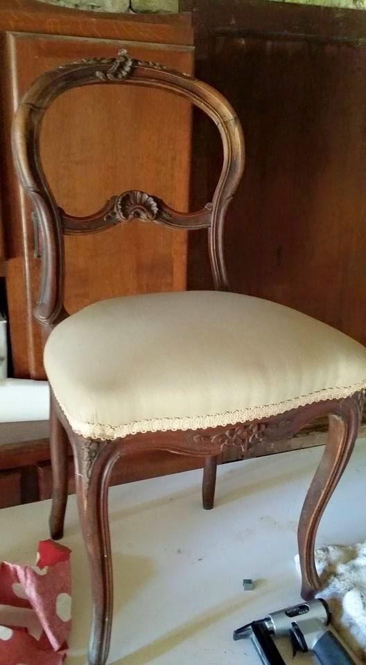 Broc et chiffons relooking de meubles dans les deux s vres 79 patine l 39 ancienne chaise - Chaise alsacienne ancienne ...