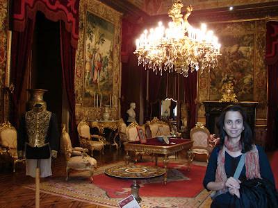 O Palácio Nacional da Ajuda é uma das mais belas e melhores conservadas propriedades reais de Portugal.Localizado em Belém ,não recebe,infelizmente a devida atenção dos turistas que visitam o bairro.