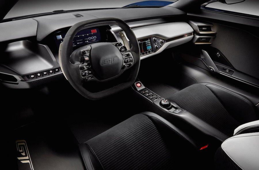 新型 フォードGT