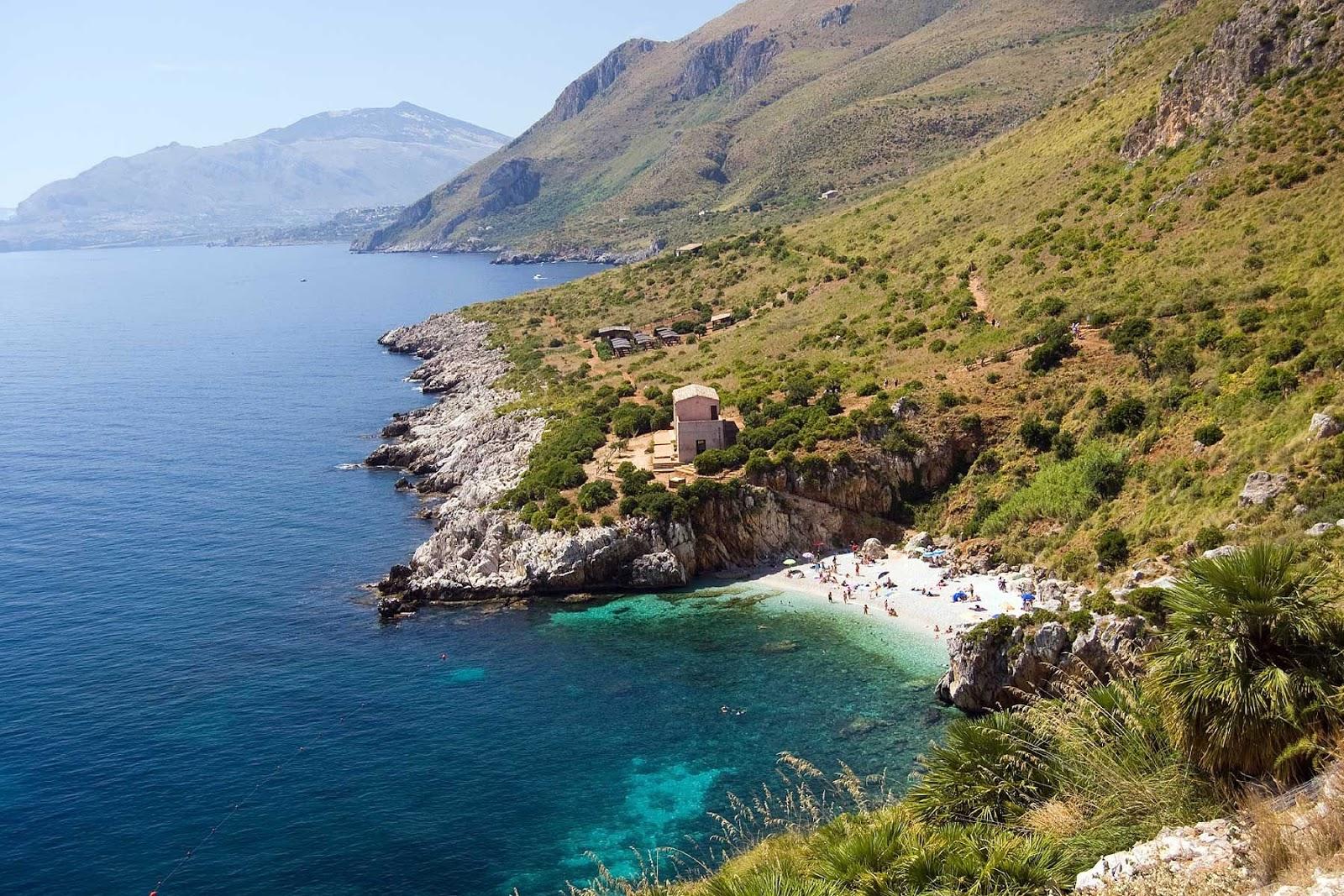 Sicily and Aeolian Islands Nature Wallpaper Italy-Sicily Taormina Beach