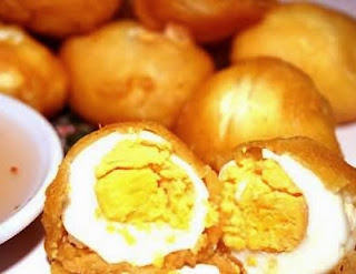 Kwek kwek Filipino street food