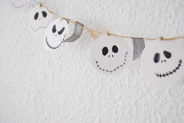 guirnalda fácil para Halloween. Easy halloween Jack Skellington garland