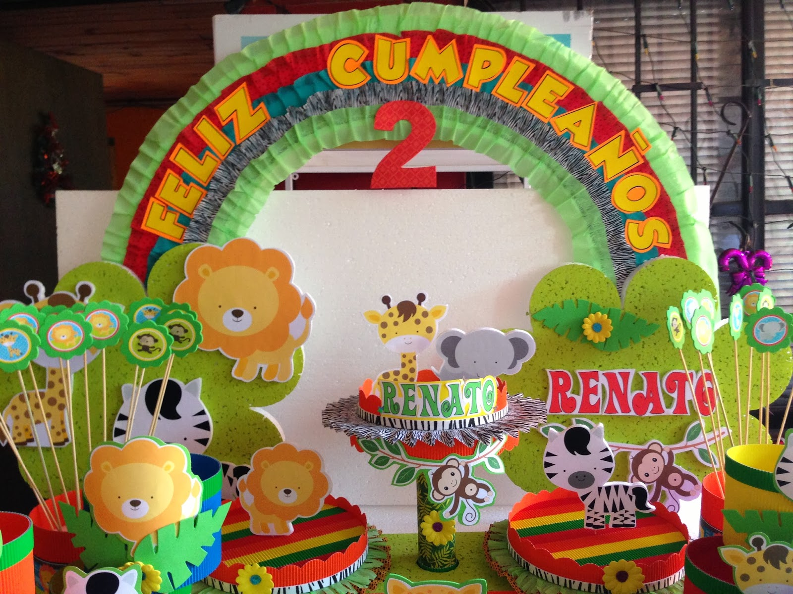 Decoraciones infantiles animalitos de la selva for Decoraciones infantiles