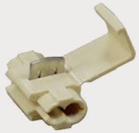 conectores por compresión para conductores de cable de alimentación. Estos conectores se usan para empalmar y terminar cables de alimentación.
