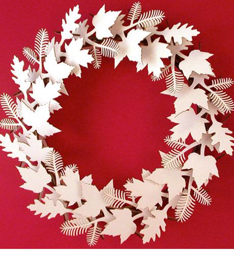 eco friendly cardboard wreath 1 Decoração de Natal   Dicas de lindas guirlandas
