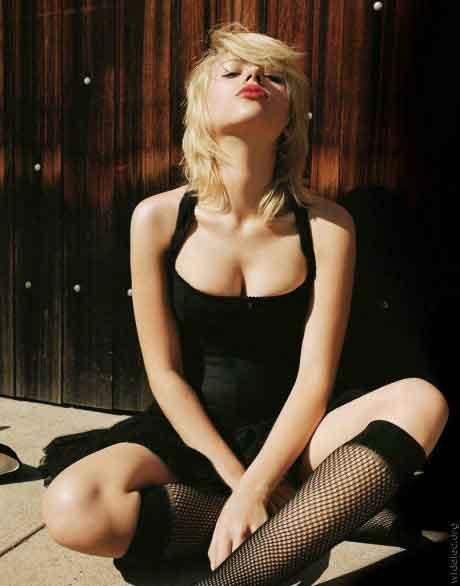 scarlett-Johansson-photos-hot