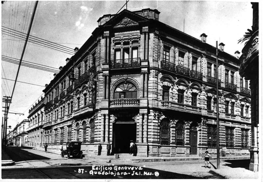Guadalajara ayer y hoy edificio genoveva for Oficina de correos guadalajara