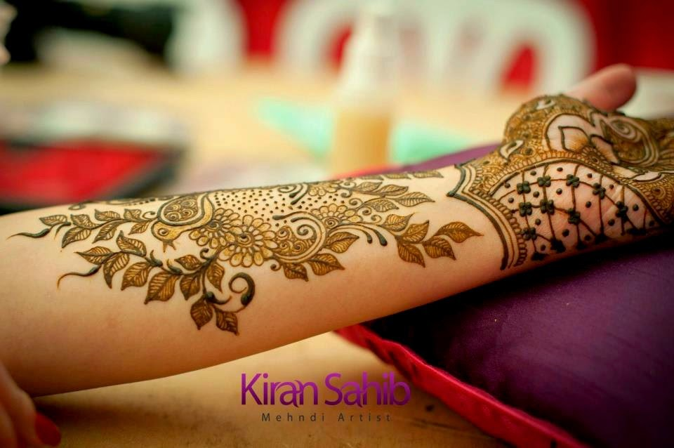 Indian Floral Mehndi design