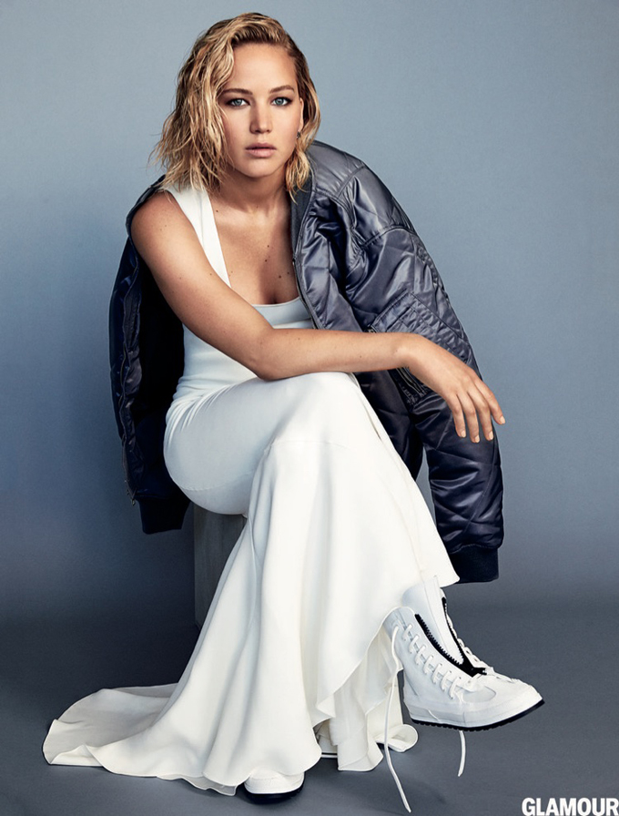 Jennifer Lawrence in Glamour Magazine - Photo Jennifer Lawrence 2016
