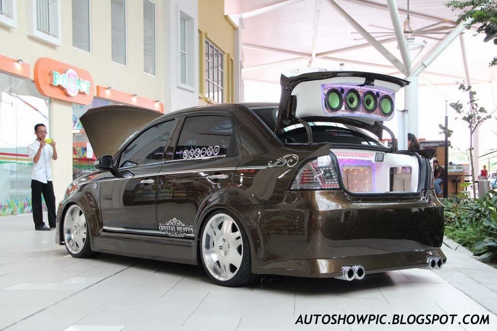 VIP style Saga BLM rear