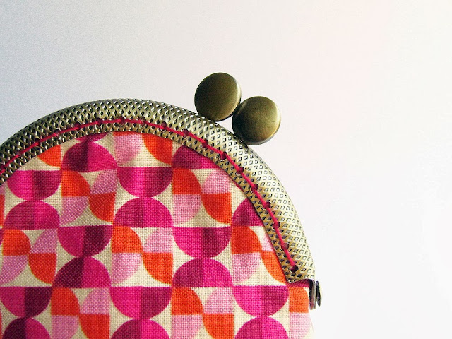 Kiss lock coin purse in Pink and orange by Mrs. Pepper