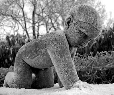 Frossent barn i kulden