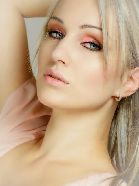 how to avoid dark spots on face
