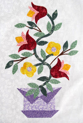 Vine Flowers Applique Quilt Pattern