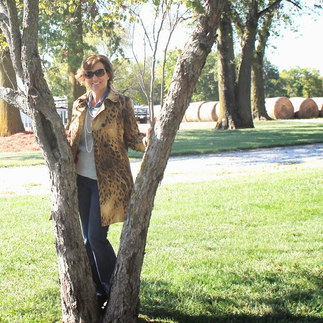Mood fabrics' leopard coat using Vogue 8884
