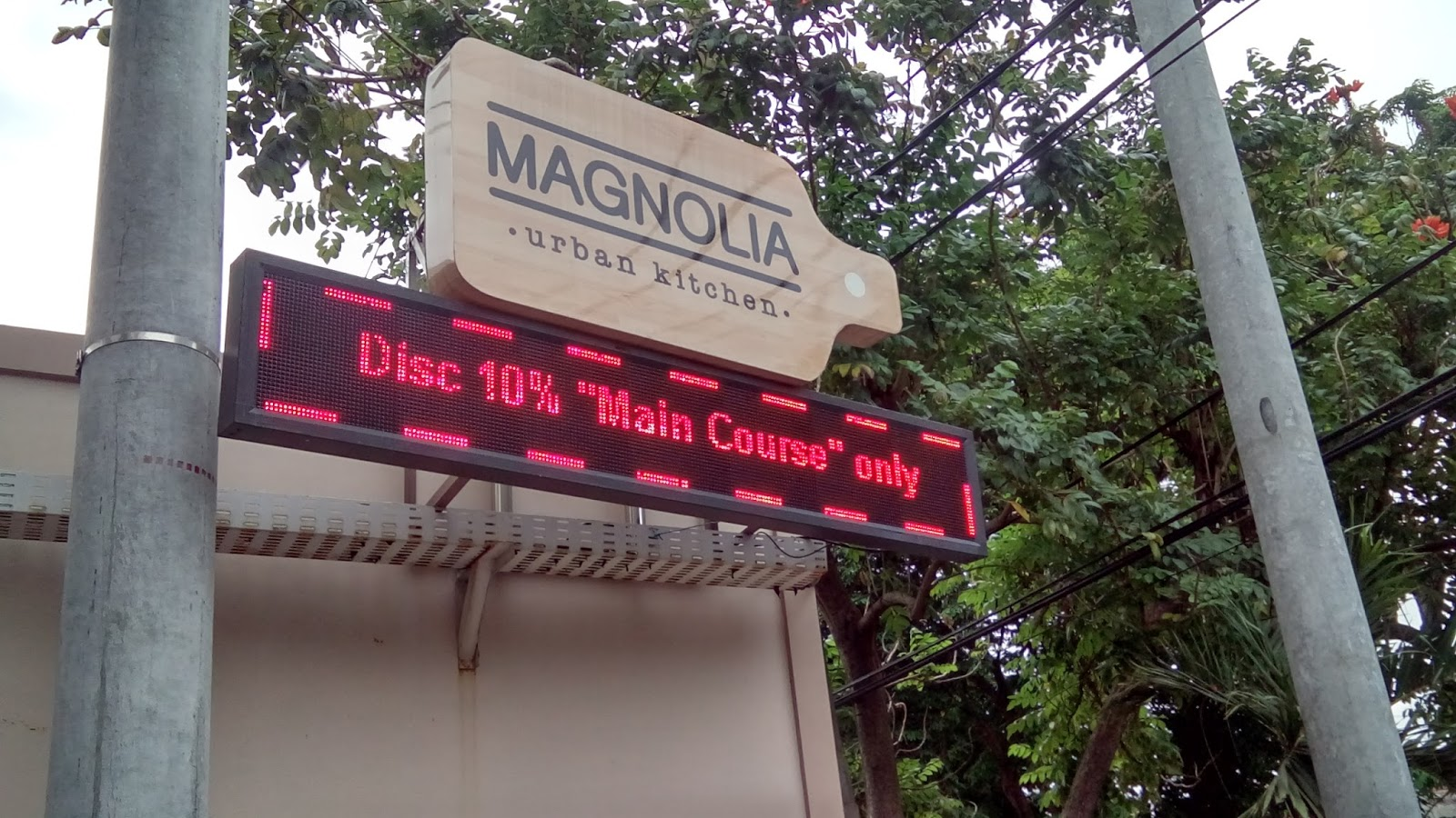 Magnolia Urban Kitchen Hotel Cempaka Tenggilis Mejoyo G7 Surabaya