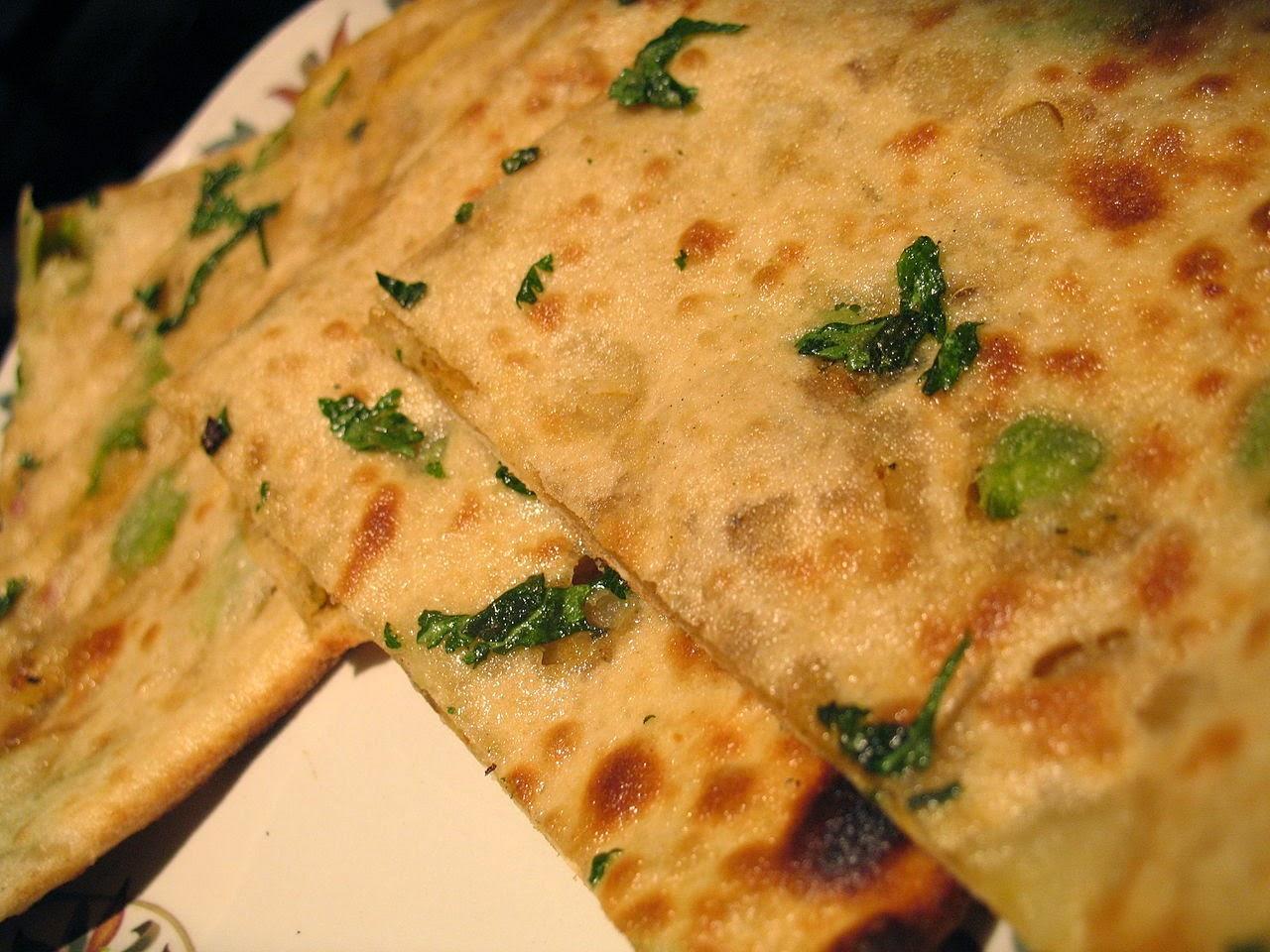 galettes fourrées au choux-fleur, pain indien de saison