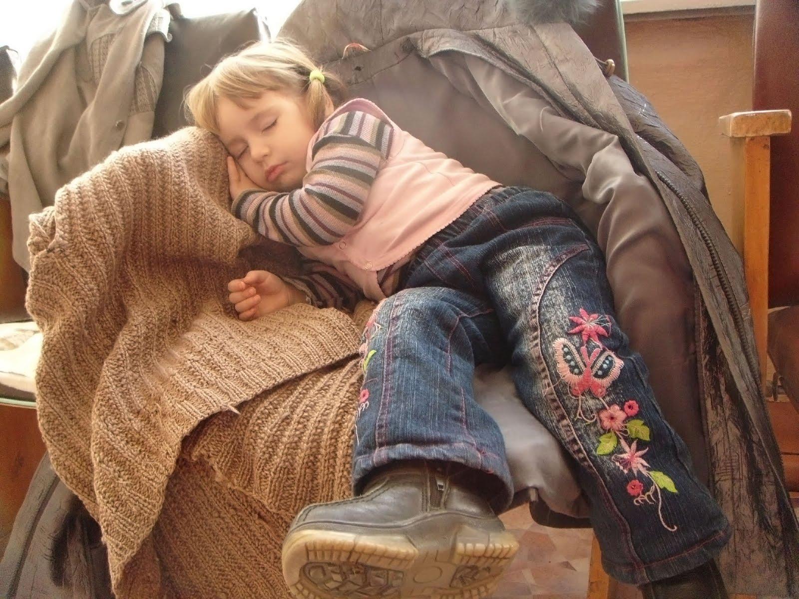Тетка крепко спит 3 фотография