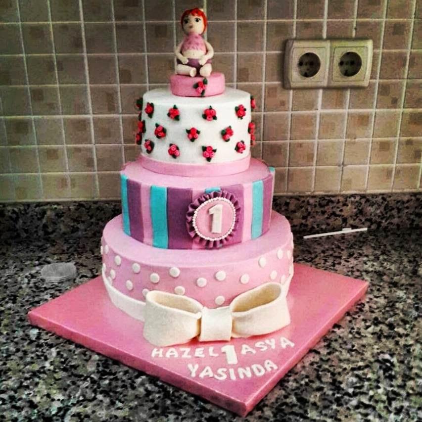 kız bebek pasta