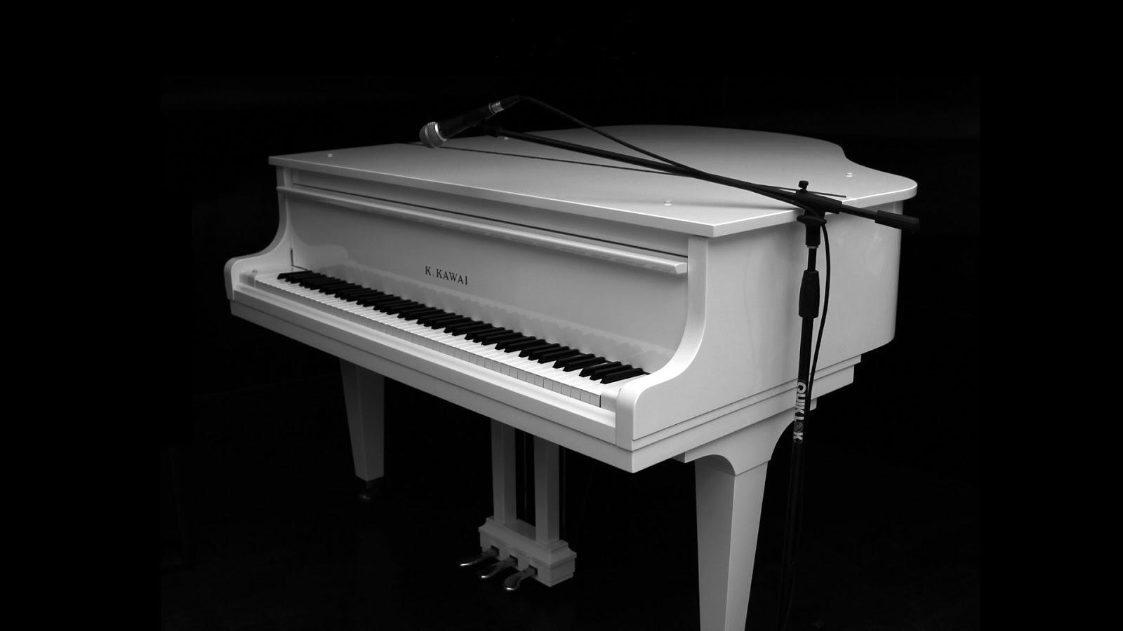 http://1.bp.blogspot.com/-Ki1Bzlx3Cd4/UILMaCoRWHI/AAAAAAAAHTI/0yTfepzM4Rc/s1600/zwarte-achtergrond-met-een-witte-piano.jpg