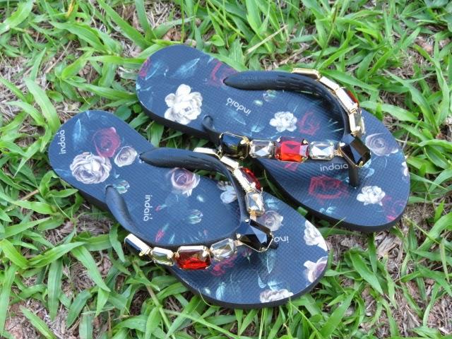 Sandália pedraria