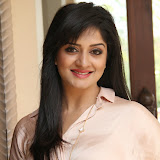Vimala Raman Latest Photos in Jeans at Trendz Life Style Expo 2014 Inauguration 0028