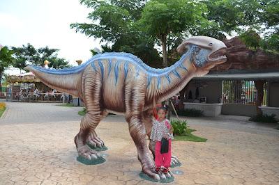 gambar Yangchuanosaurus