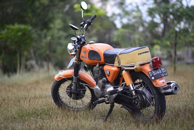 Foto Modifikasi Honda CB Orange Gaul