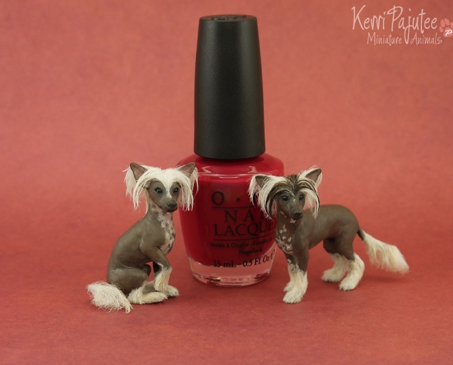 01-Chinese-Crested-Dog-Kerri-Pajutee-Miniature-Sculpture-that-look-Real-www-designstack-co
