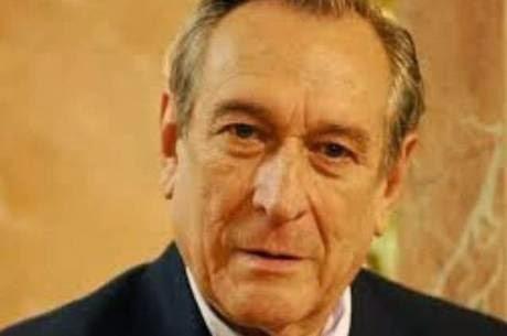 Câncer de mediastino mata ator Paulo Goulart