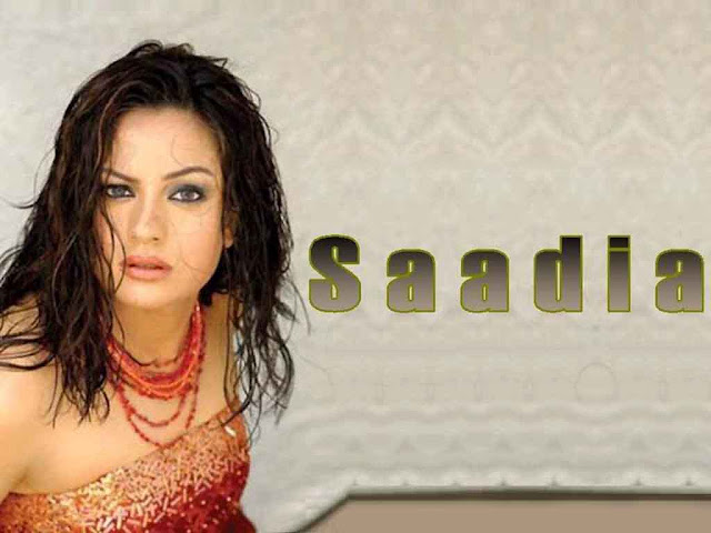 Pakistani sexy model Sadia Imam photos