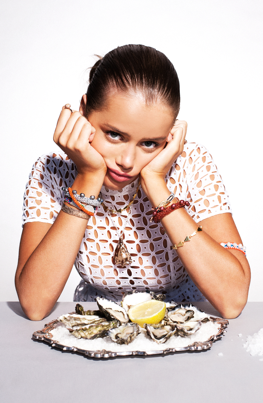 What to eat during fashion week; nutrition tips for busy lives; nutrition tips for stress; fashion models diet secrets.