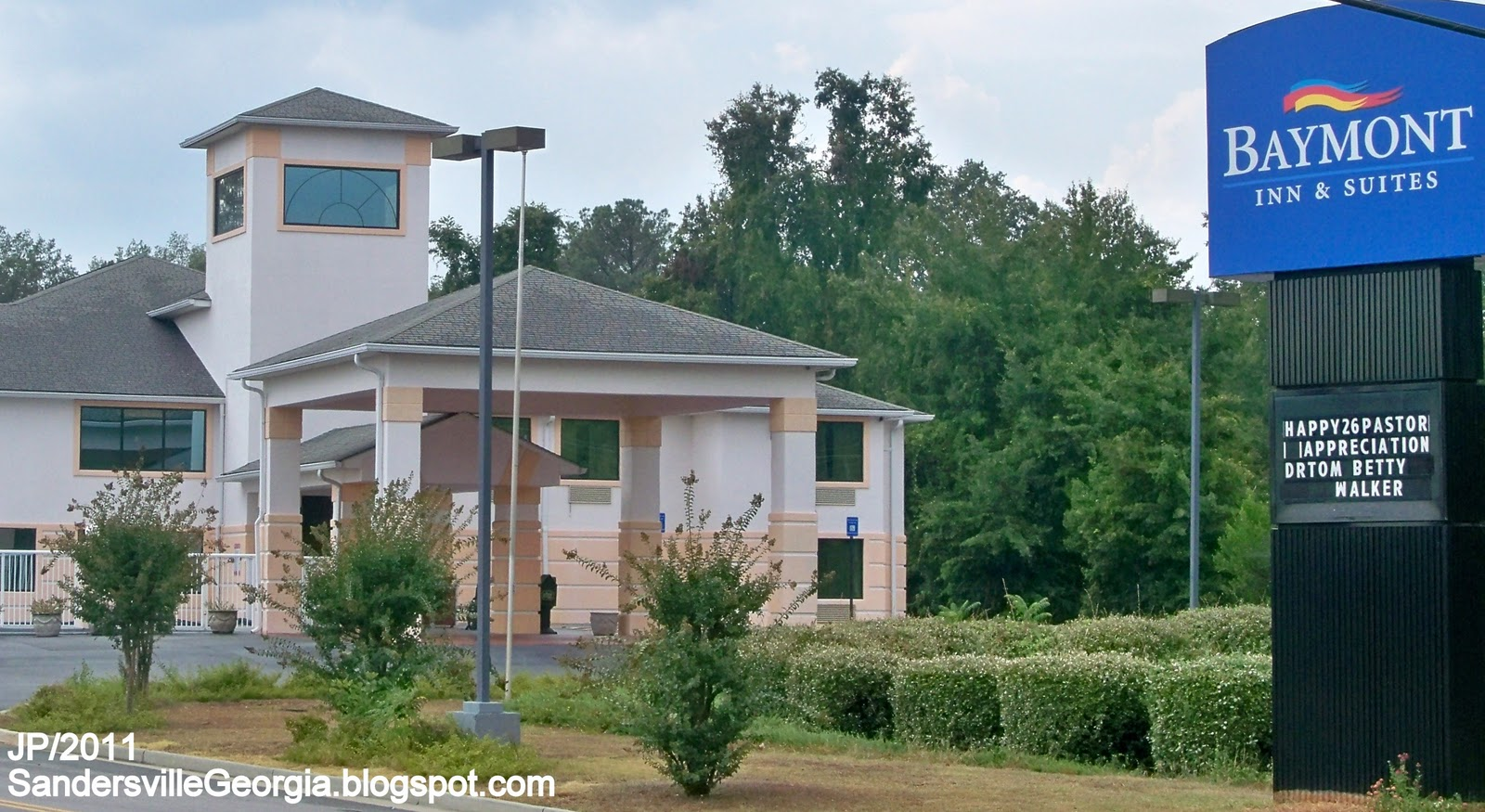 Sandersville ga hotels for Villa south motor inn sandersville ga