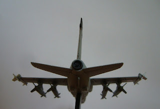 maqueta de aviones Italeri 1/100 AMX International Ghibli
