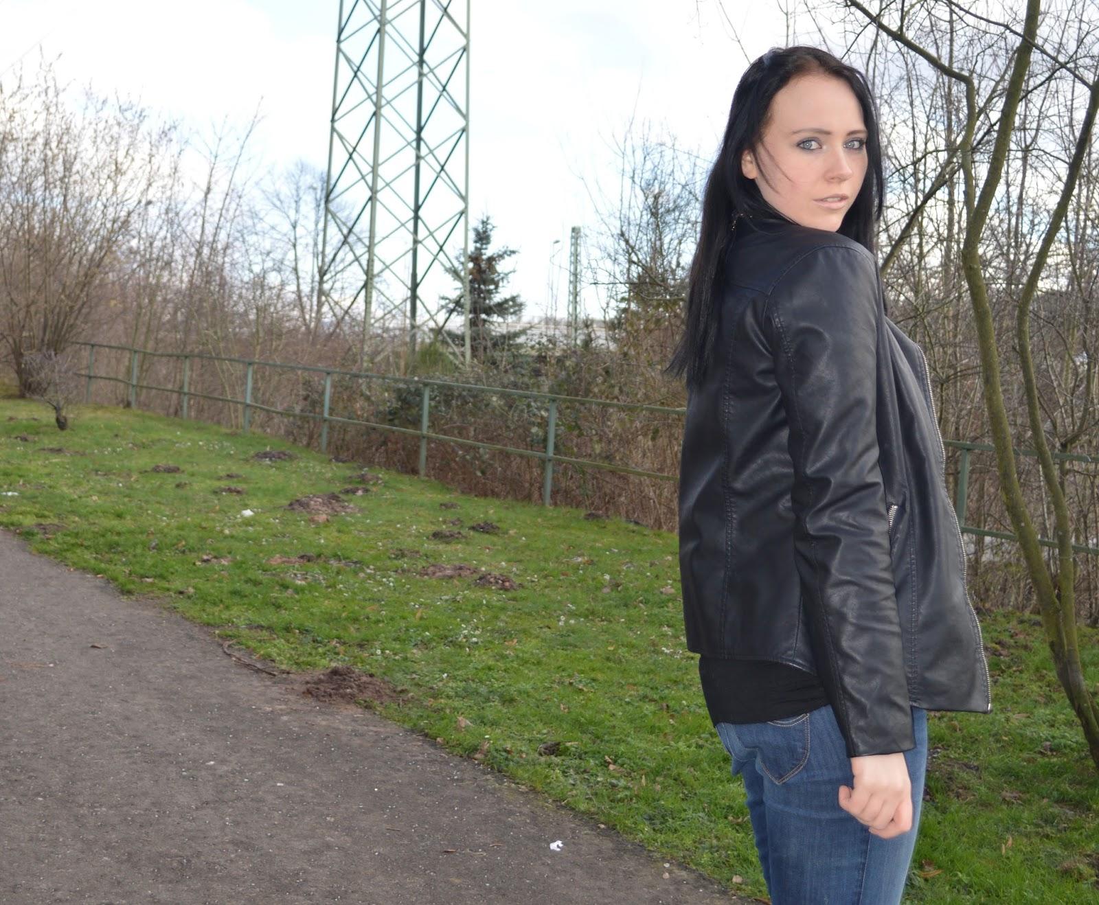 Beautiful Fairy - Fashion - Look - Jeans - Boots - Lederjacke