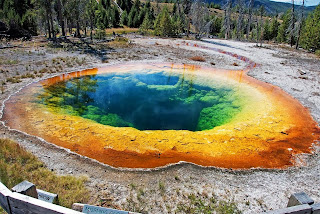 Piscina de Morning Glory en Yellowstone