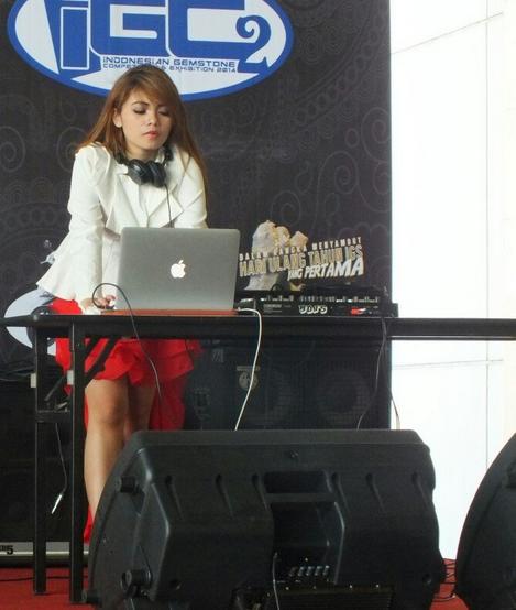 DJ Dinar Candy