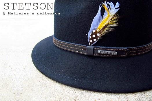 Chapeau femme Stetson noir à moyen bord et plume