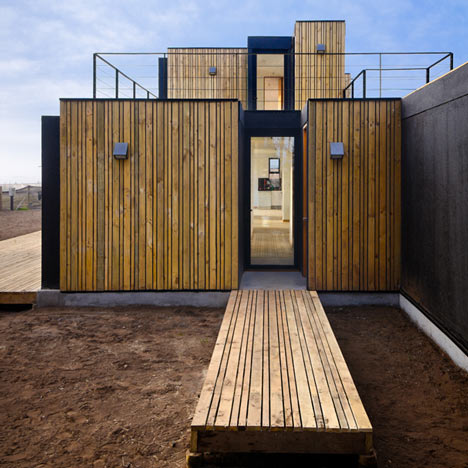 Architecture as aesthetics sip panel house by alejandro for Sip panel homes