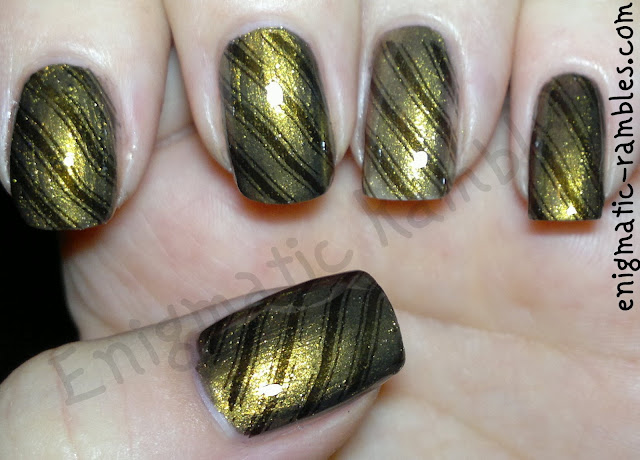 stamped-striped-nails-nail-art-w7-metallic-Saturn-black-bundle-monster-423-BM423