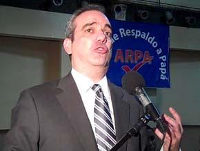 Luis Abinader reitera extraditable favoreció con cheque a LF