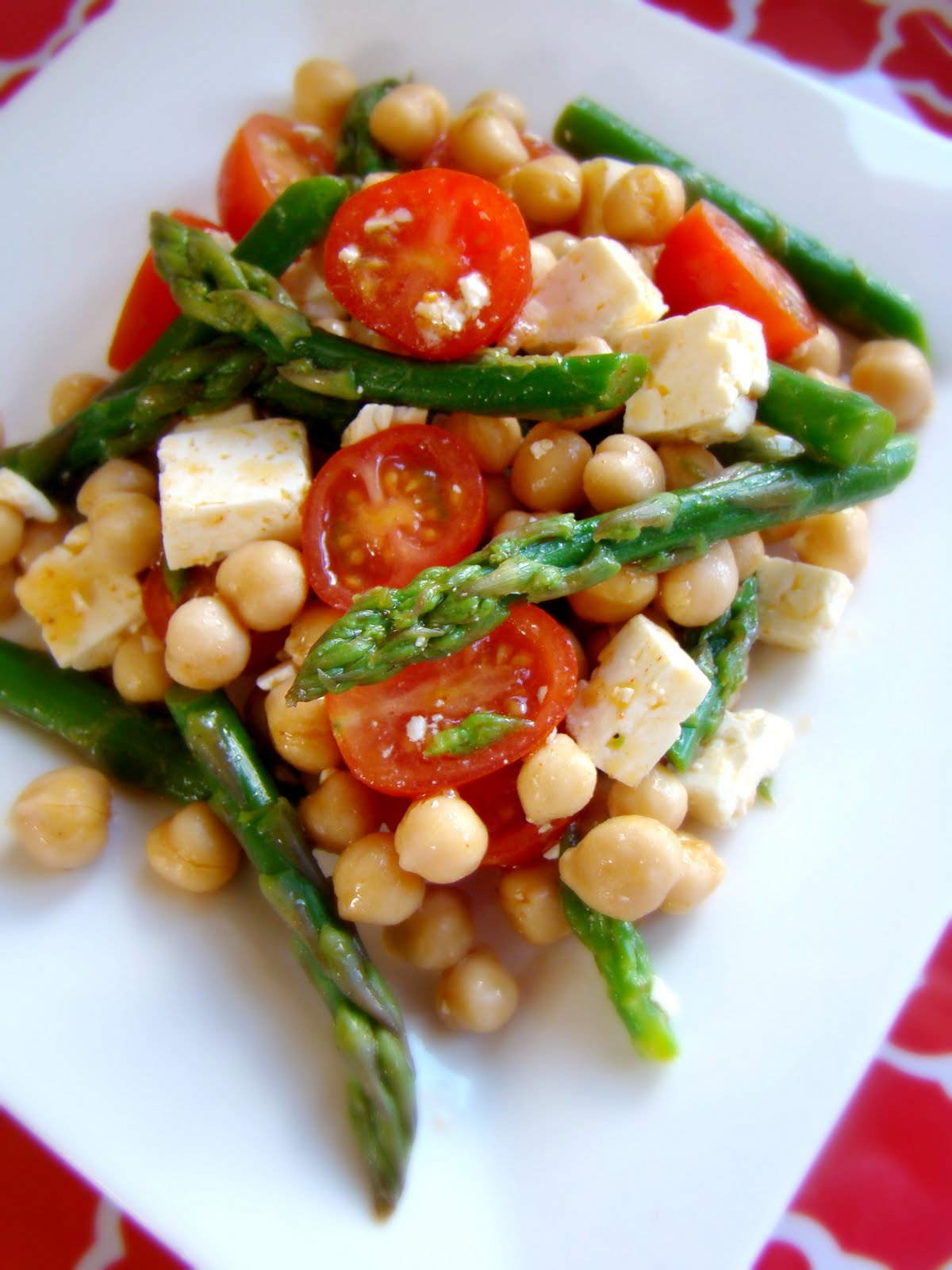 Family Feedbag: Chipotle chickpea salad