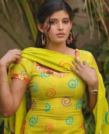 Desi Fun Time : Biggest Boobs, Big Tits Sexy Pakistani Hot ...