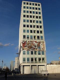 Alexanderplatz, Haus des Lehrers, plattenbau