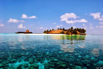 Most beautiful places in maldives world travel fair for Tropical places to travel