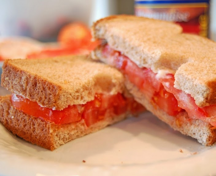 Sanduíche de Tomate (vegana)