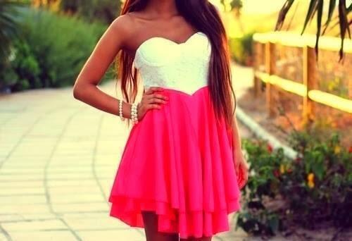 Vestido blanco y rosa